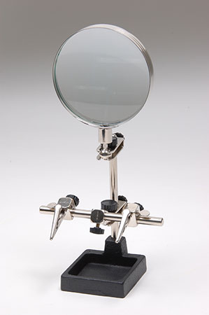 HELPING HANDS MAGNIFIER (E902-094)